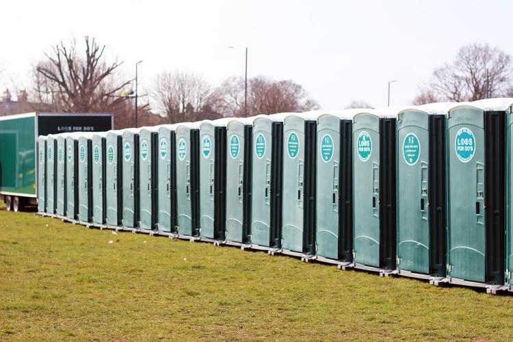 salomon-richmond-half-toilets-1